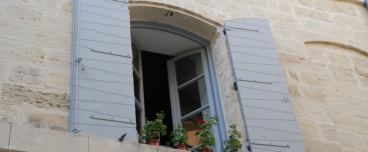 window-167795_1280