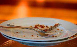 Warum ich den Teller immer leer essen muss. Oder: Achtet, was Eure Kinder aus Kitas berichten